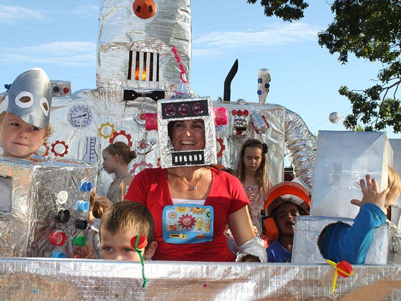 image-parade-1.jpg